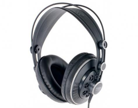Superlux HD681B: 1