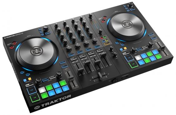 Native Instruments Traktor Kontrol S3: 2