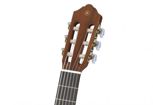 Yamaha CG102: 3