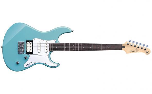 Yamaha Pacifica 112V (Sonic Blue): 1