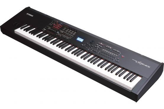 Yamaha S90 XS: 2