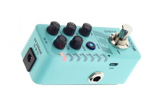 Mooer E7 Polyphonic Guitar Synth: 2
