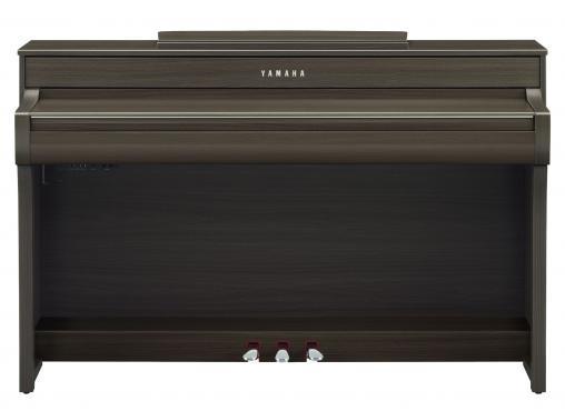 Yamaha Clavinova CLP-745 (Dark Walnut): 3