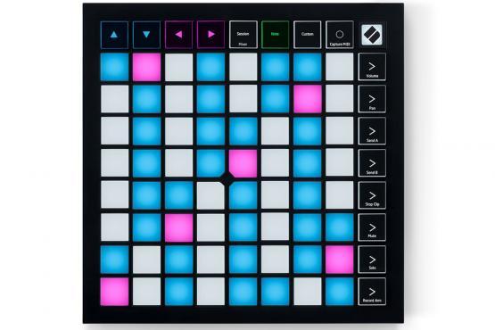 Novation Launchpad X MIDI: 1