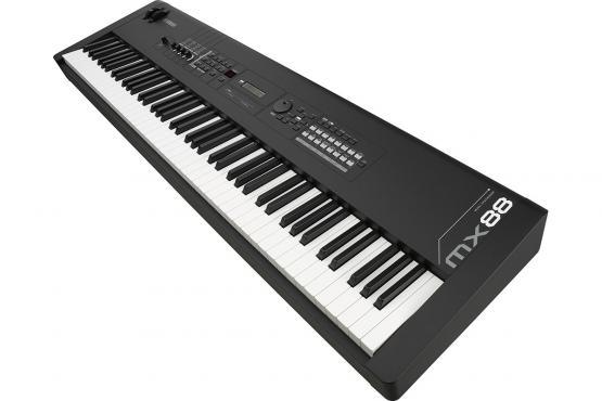 Yamaha MX88: 4